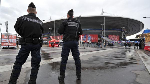 Французы обеспечат беспрецедентную безопасность чемпионата Европы по футболу