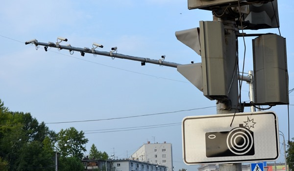 Камеры на дорогах Москвы научатся распознавать ДТП